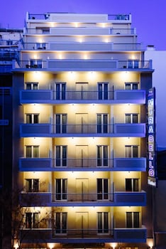 Choose This Mid-Range Hotel in Athens