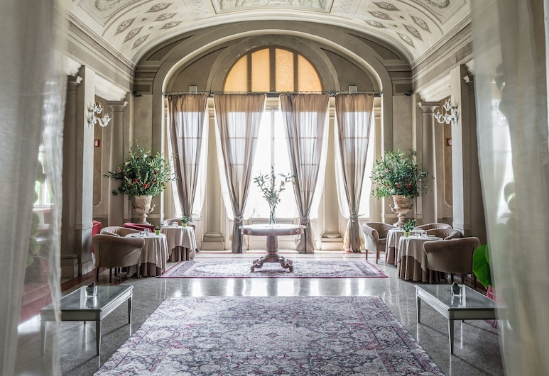 巴格尼迪皮薩飯店, 聖朱拉諾泰梅, 飯店內酒吧