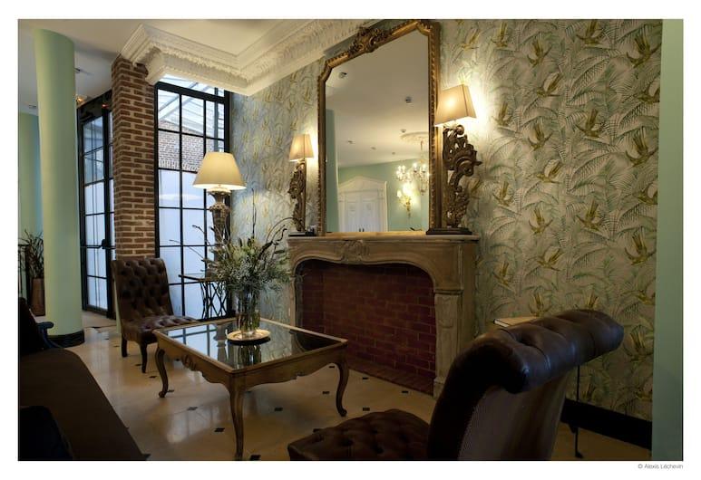 德拉特爾伊酒店, Lille, 大堂閒坐區