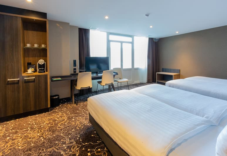 XO Hotels Infinity, Amsterdam, Neljän hengen huone, Vierashuone