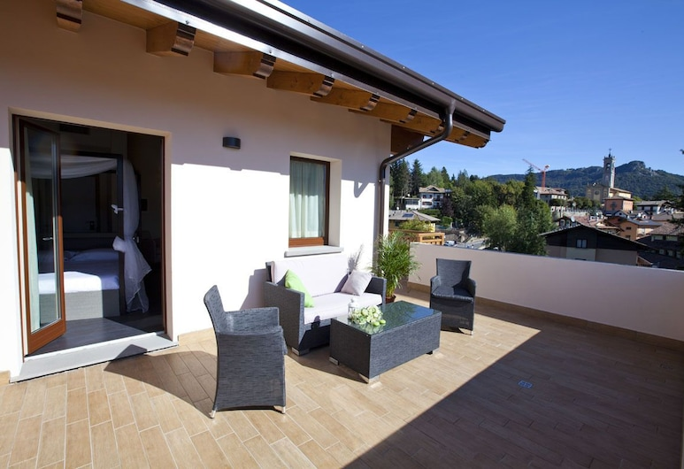 Harmony Suite Hotel, Selvino, Terraza o patio