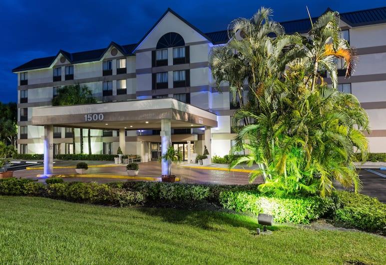 Holiday Inn Express & Suites Ft. Lauderdale N - Exec Airport, Fort Lauderale, Exteriér