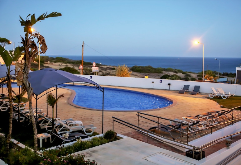 Hotel Maritur - Adults Only, Albufeira, Pool