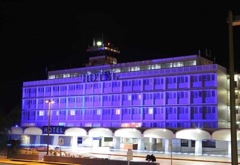 San Juan Airport Hotel, Carolina, Hotel Front – Evening/Night