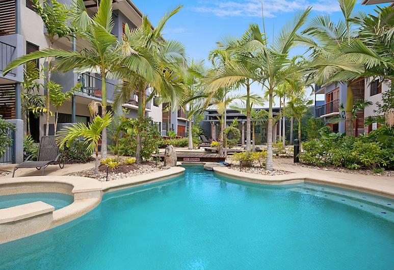 Southern Cross Atrium Apartments, Cairns, Alberca