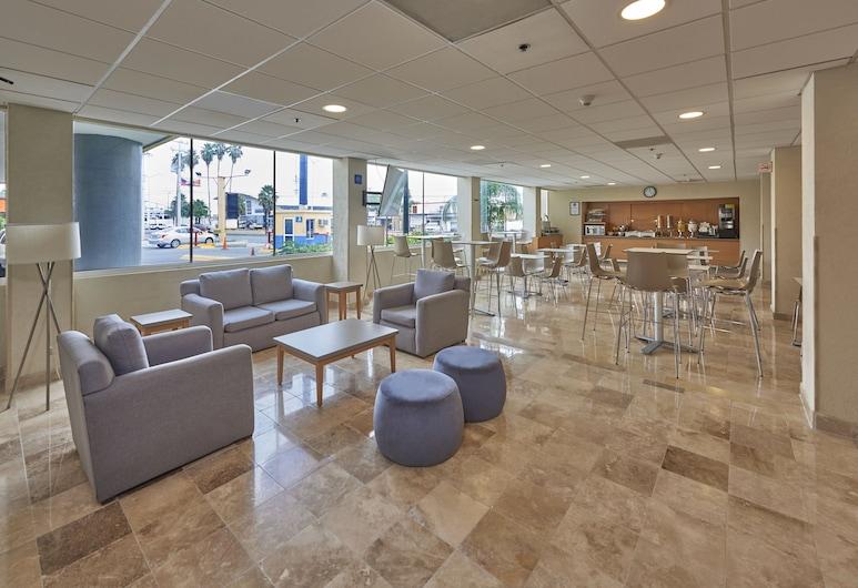 City Express Nuevo Laredo, Nuevo Laredo, Sitzecke in der Lobby
