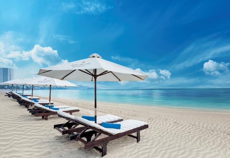 Sunrise Nha Trang Beach Hotel & Spa, Nha Trang, Beach