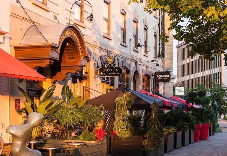 Hôtel des Coutellier, Quebec, Hotel Front