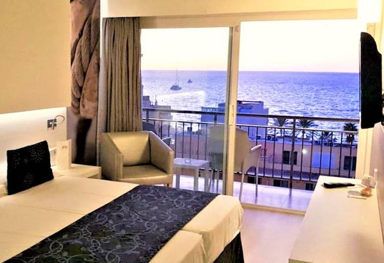 Hotel Java, Palma de Mallorca, Triple Room, Balcony, Ocean View, Guest Room View