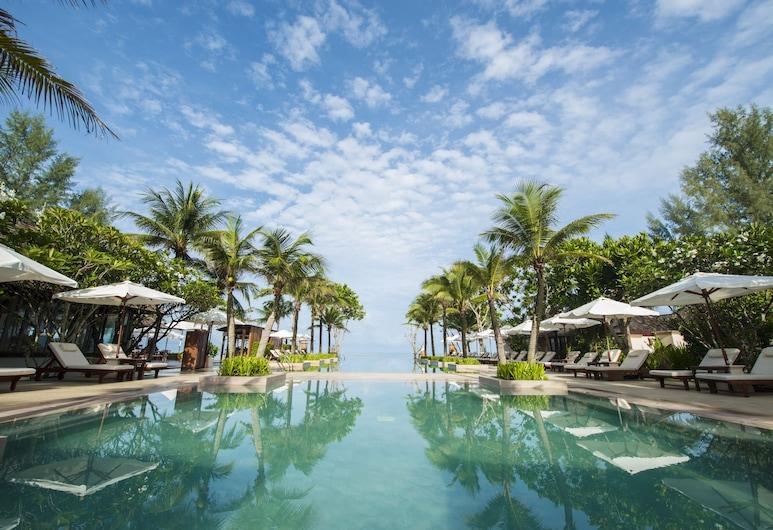 利亞納度假村及水療中心, 蘭塔島, 室外游泳池