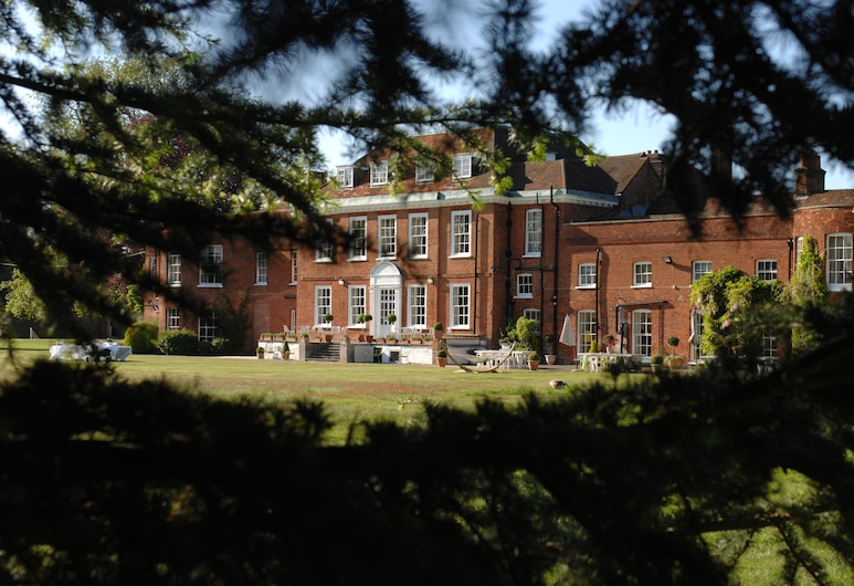 Stoke Place Hotel, Slough