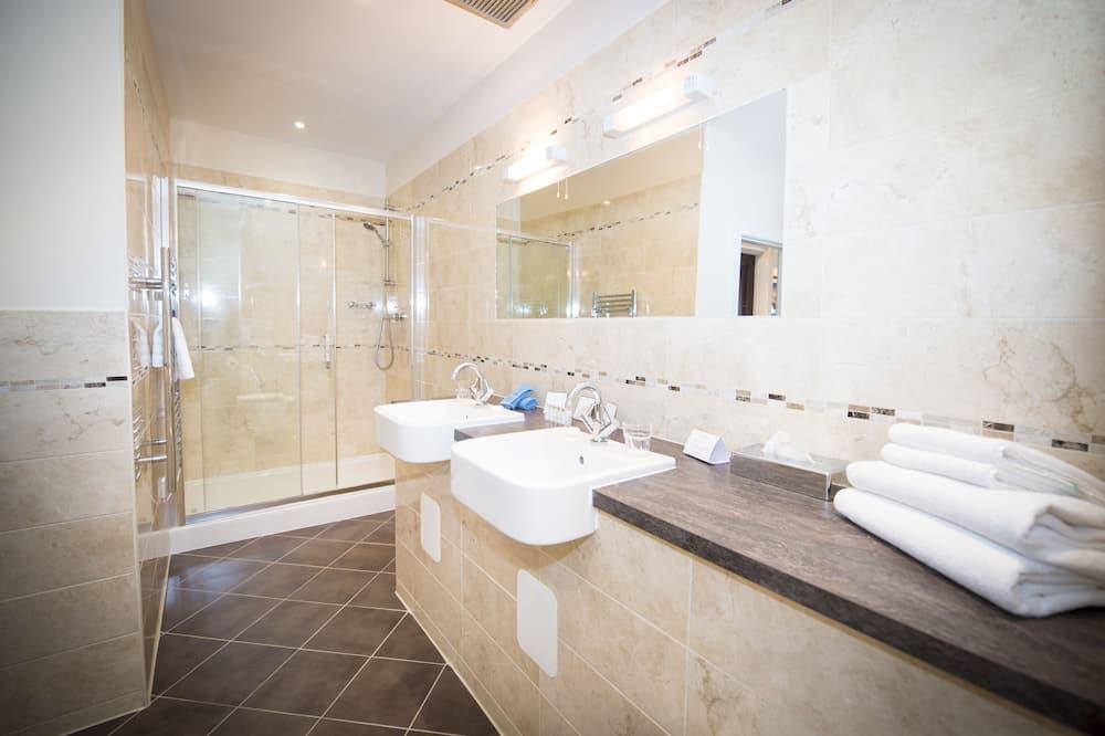 Triple Room - Bilik mandi