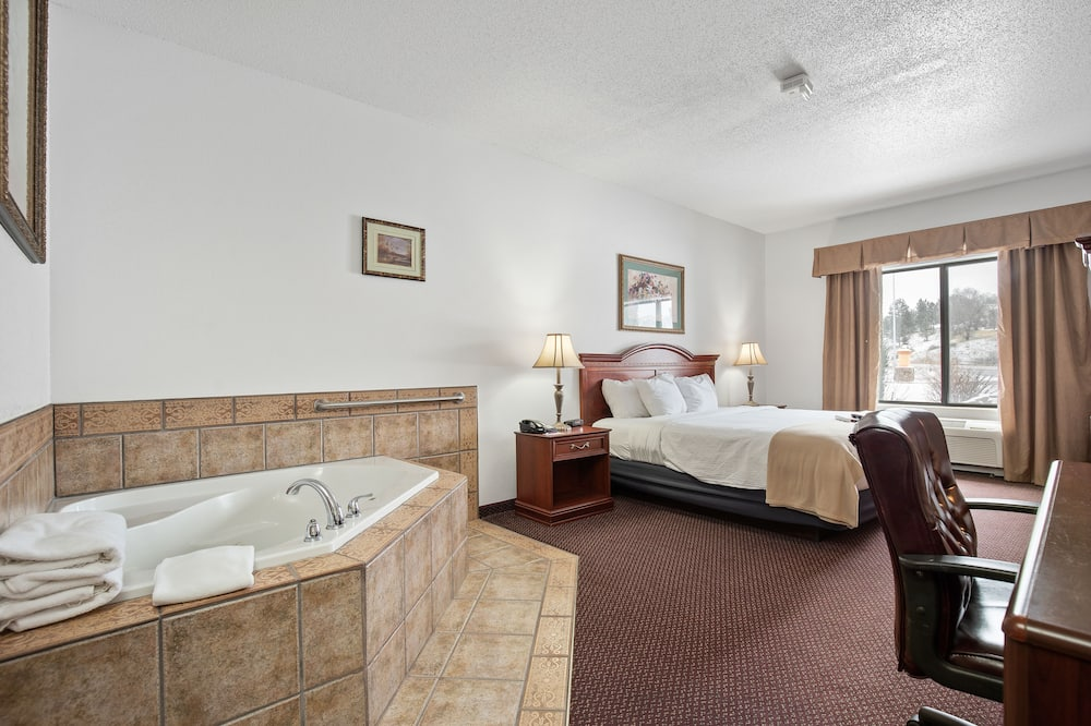 Presidential Room, 1 King Bed, Non Smoking, Jetted Tub - Private spa tub
