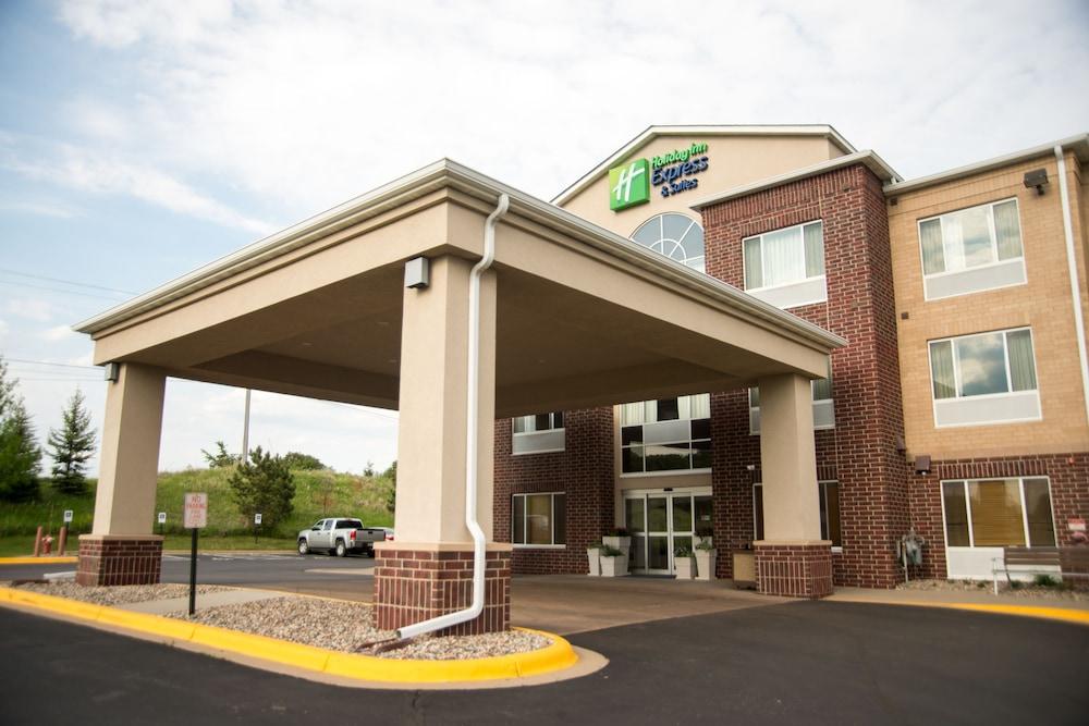 Photos At Holiday Inn Express Suites Minneapolis Sw Shako