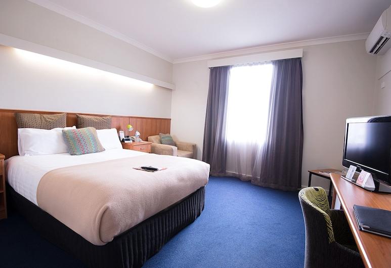 Comfort Hotel Perth City, East Perth, Premium Superior Economy King, Guest Room
