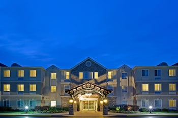 A(z) Staybridge Suites Philadelphia-Mt. Laurel hotel fényképe itt: Mount Laurel