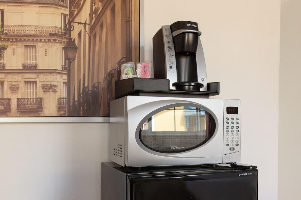 Standardzimmer, 2Queen-Betten - Minikühlschrank
