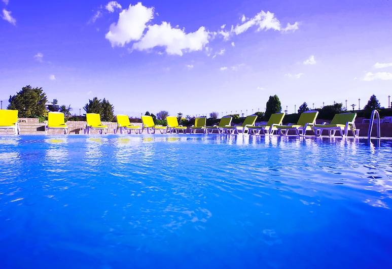 더 그린 파크 보스탄즈, 이스탄불, 야외 수영장