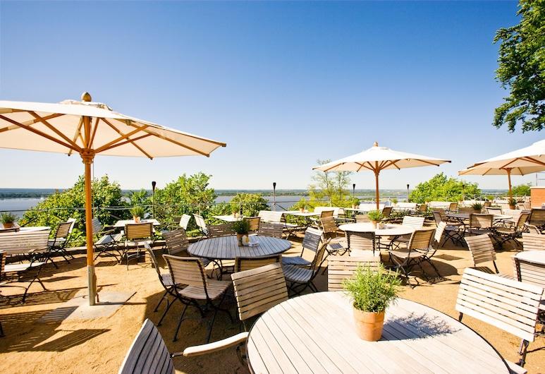 Hotel Süllberg Karlheinz Hauser, Hamburgo, Restaurante al aire libre