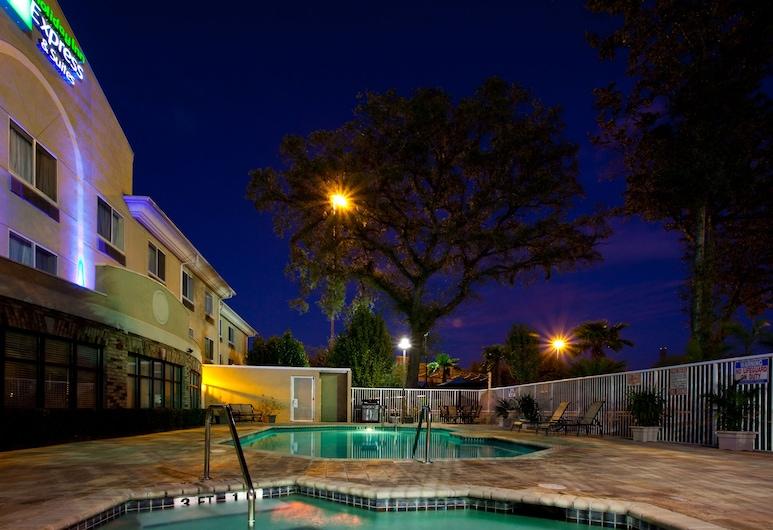 Holiday Inn Express Jacksonville - Blount Island, Jacksonville, Pool