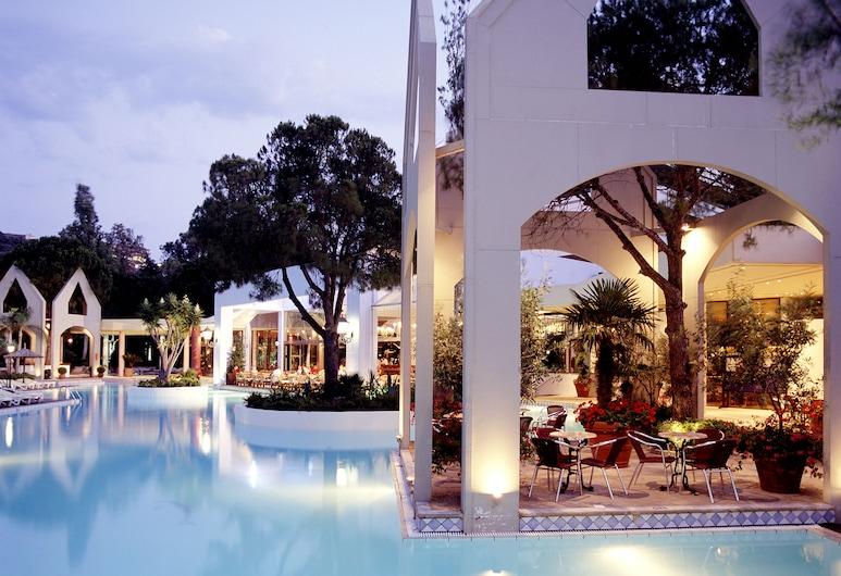Dionysos Hotel, Rodos, Teren przynależny do obiektu