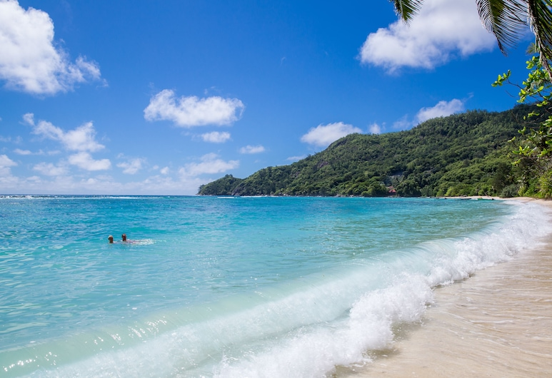 Chalets D'Anse Forbans, Mahe Island, Beach