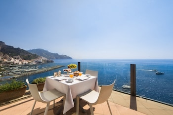 Enter your dates to get the Amalfi hotel deal