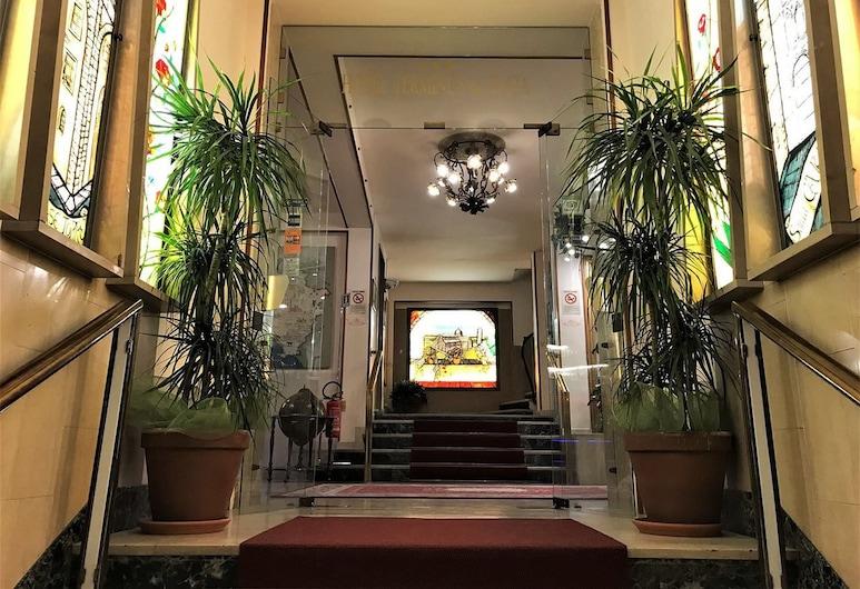 ホテル テルミナス & プラザ, ピサ, 内部エントランス