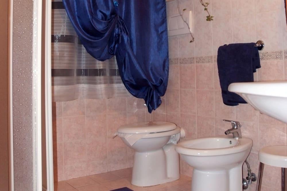 Egyágyas szoba - Fürdőszoba