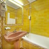 Tek Kişilik Oda - Banyo İmkân ve Kolaylıkları