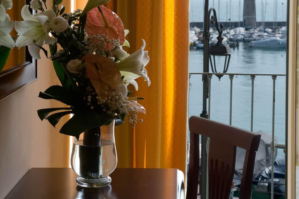 Triple Room, Balcony, Lake View - Lake View