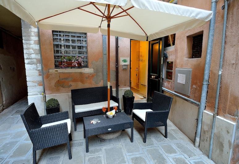 Hotel Orion, Venedig, Speisen im Freien