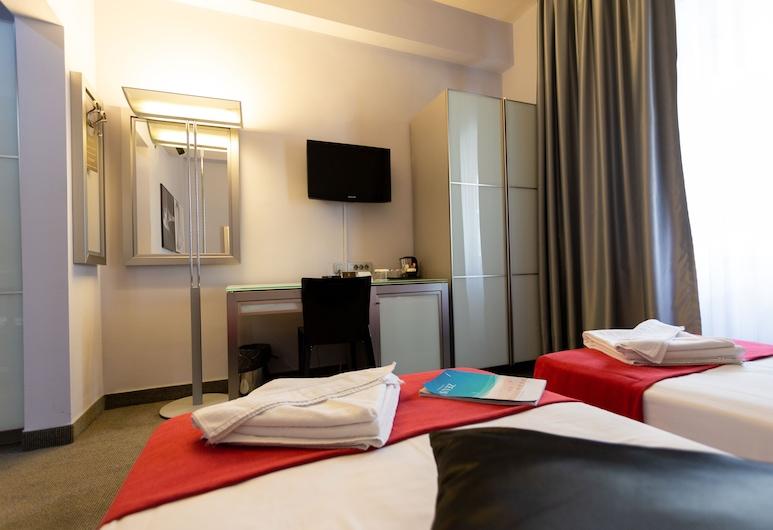 Central Hotel by ZEUS International, Bucharest, Standard Twin Room, Bilik Tamu
