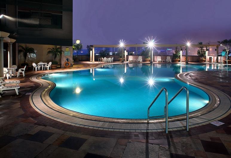 New World Shunde Hotel, Foshan, Sisä-/ulkouima-allas