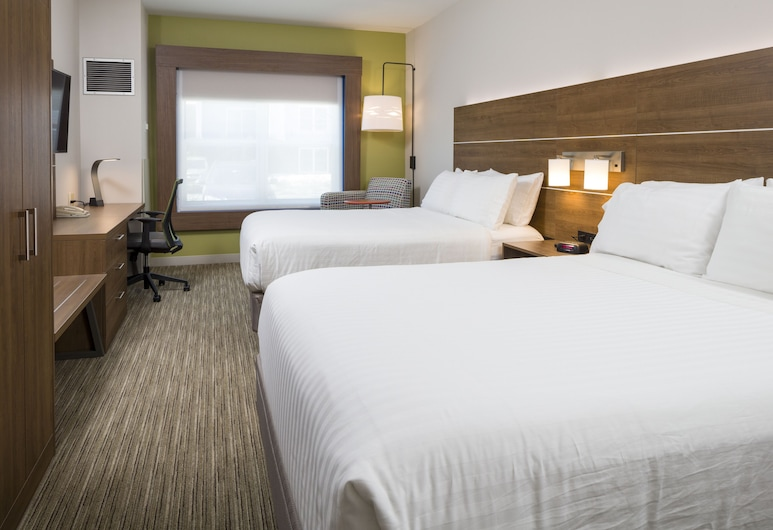 Holiday Inn Express Hotel & Suites White River Junction, White River Junction, Guest Room