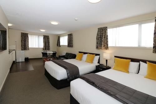 尼丁維多利亞飯店/
