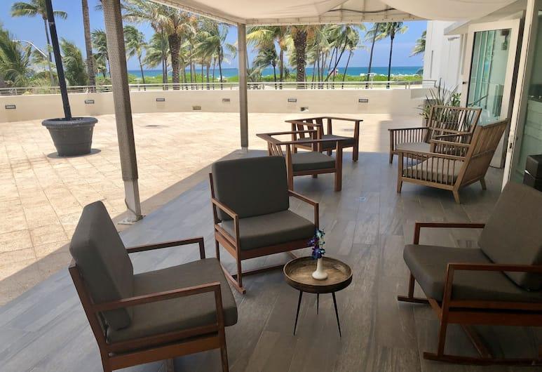 Hotel Victor, Miami Beach, Terrasse/veranda
