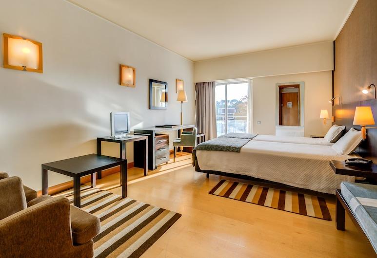 هوتل ألفورادا, كاسكايس, غرفة ديلوكس بسريرين منفصلين, غرفة نزلاء