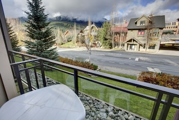 Picture of ResortQuest at Lake Placid Lodge in Whistler