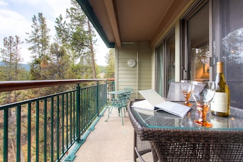 תמונה של Trails End Condominiums by Ski Country Resorts בברקנרידג'