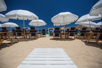 Picture of Bahia Hotel & Beach House in Cabo San Lucas