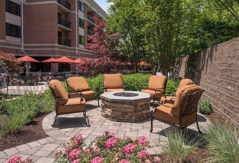 Courtyard by Marriott Newark-University of Delaware, Newark, Terraza o patio