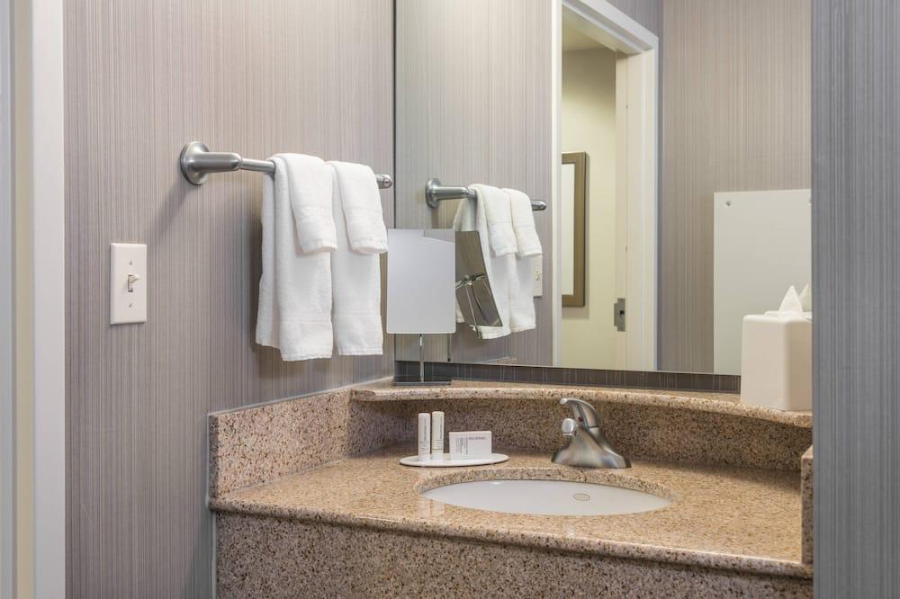 Süit, 1 Yatak Odası, Sigara İçilmez - Banyo