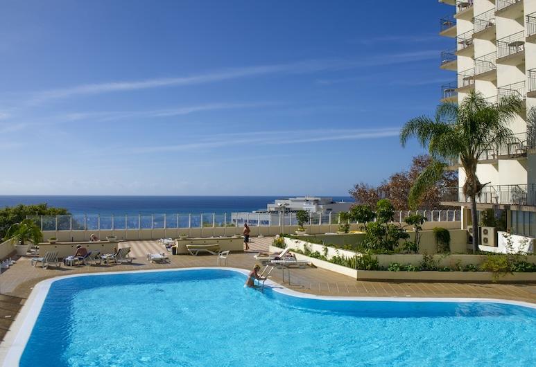 芙羅拉索住宅飯店, 芳夏爾, 室外游泳池