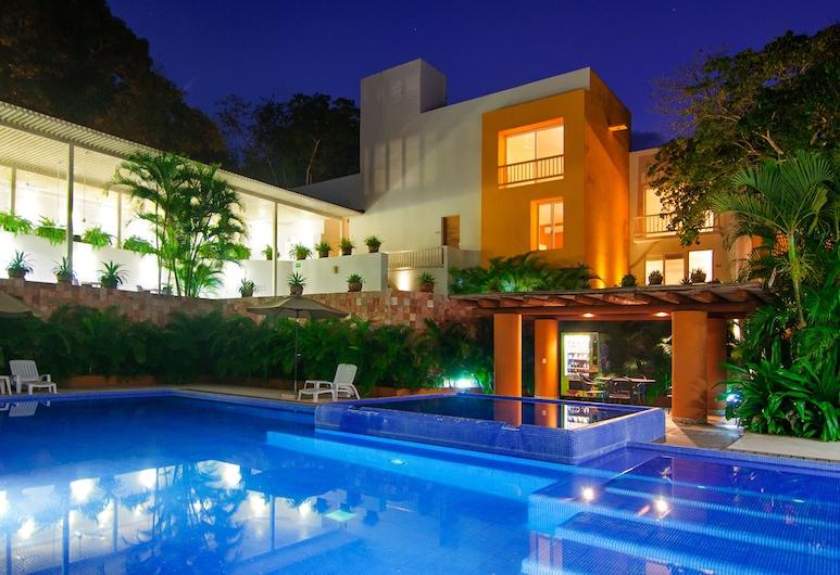 Hotel Ixzi Plus, Ixtapa, Utendørsbasseng