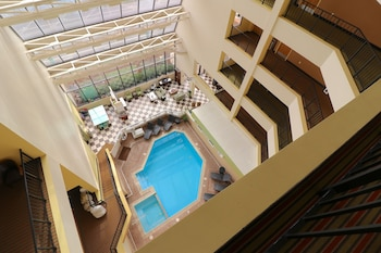 Picture of The Atrium Resort in Virginia Beach