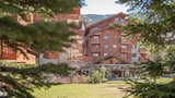 Book this Parking available Hotel in Araches-la-Frasse