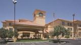Picture of La Quinta Inn & Suites Albuquerque Midtown in Albuquerque