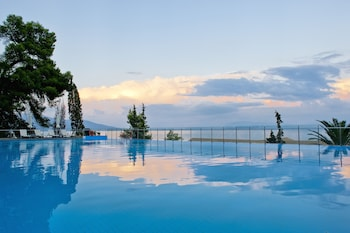 Hình ảnh Kontokali Bay Resort & Spa tại Corfu