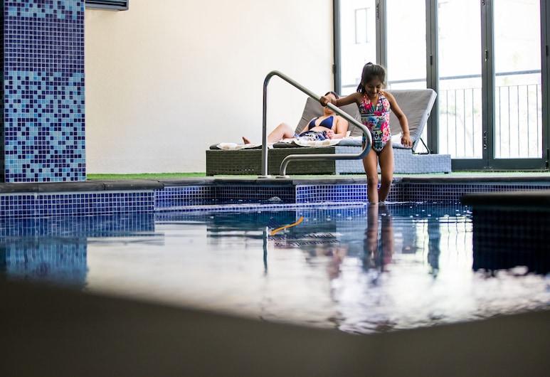 Starwest Apartments Alderney on Hay, East Perth, Indoor Pool
